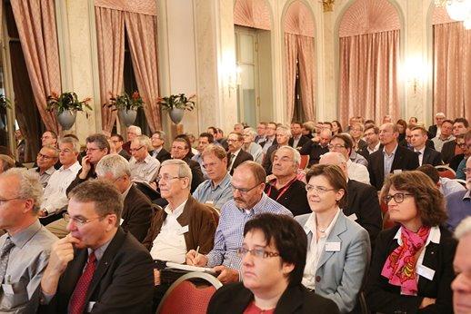 Symposium-2015-02.jpg